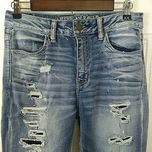 American Eagle Outfitters high-rise jegging crop